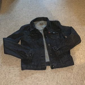 Levi's girls xl (16) black jean jacket.